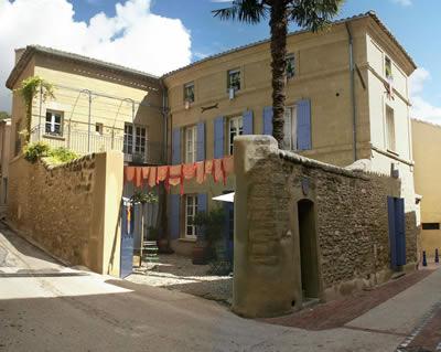 Arthemuse chambres d 39 h tes dans le gard en provence - Chambre d hote saint quentin la poterie ...